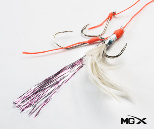 anzuelo mgx con plumas CR 03